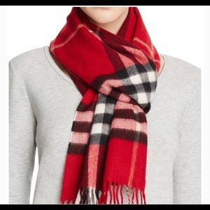 ❌SOLD ❌Burberry scarf